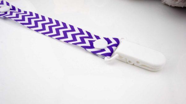 Chevron Purple on White – White Clip 2